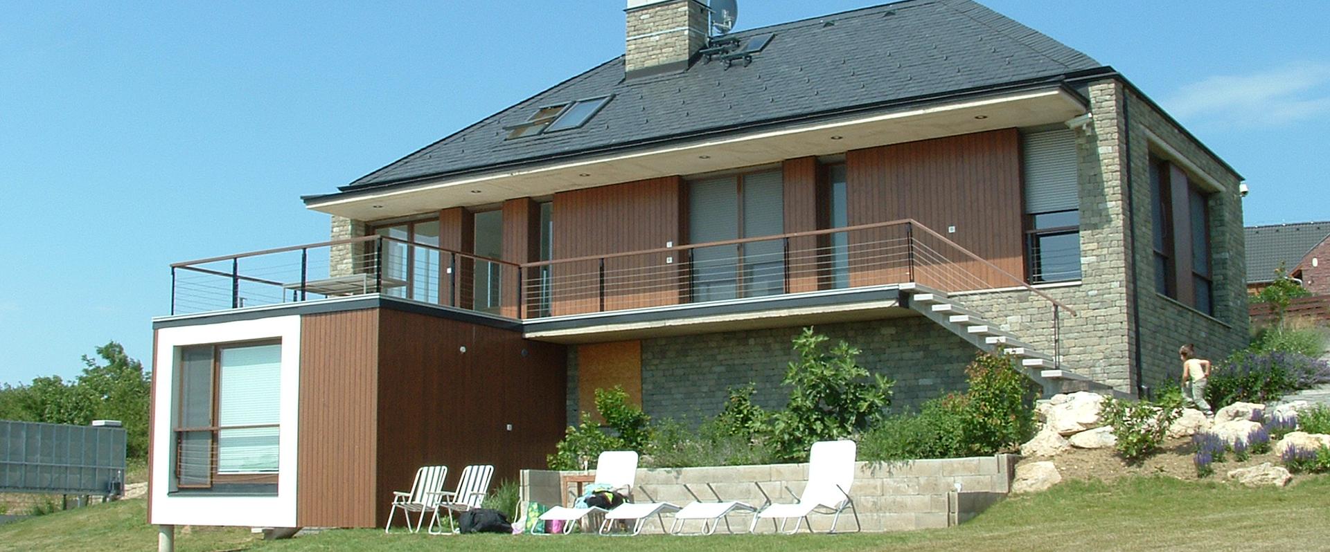 Akali családi ház